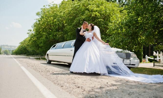 結婚式の平均予算って? 夢のウェディングにかかるお金を徹底解説