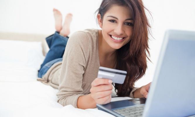 気になるクレジットカードの手数料! その仕組みとは?